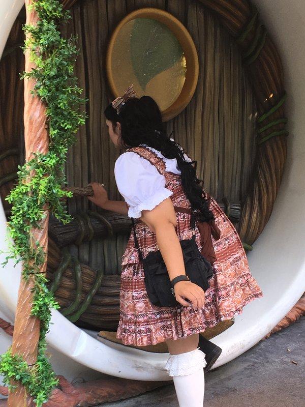 Momonaの「Alice in Wonderland」をテーマにしたコーディネート(2016/08/21)