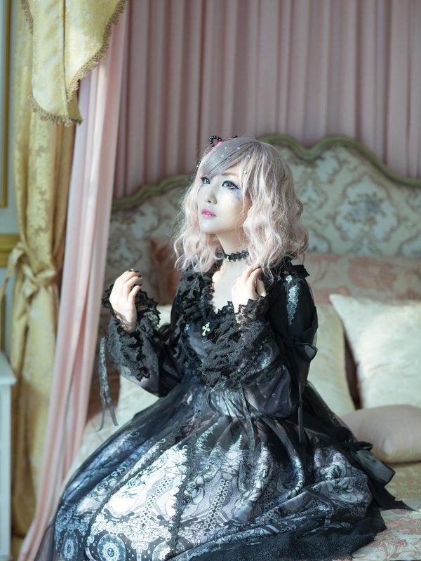 [SU/カナ]の「BAROQUE」をテーマにしたコーディネート(2016/08/22)