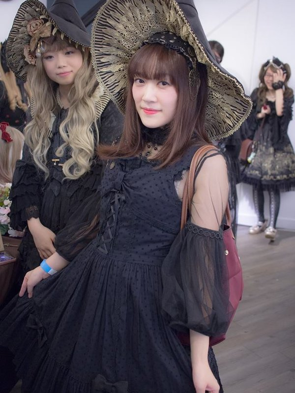 Aricy Mist 艾莉鵝's 「Lolita」themed photo (2017/11/01)