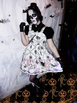 Sandra Vallejosの「Halloween」をテーマにしたコーディネート(2017/11/03)