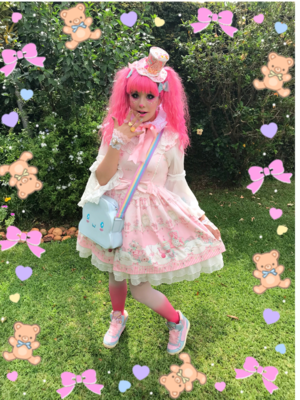 MelTevez's 「Sweet lolita」themed photo (2017/11/04)