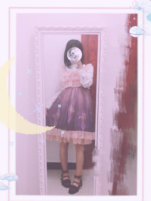 是Junko以「Lolita」为主题投稿的照片(2017/11/12)