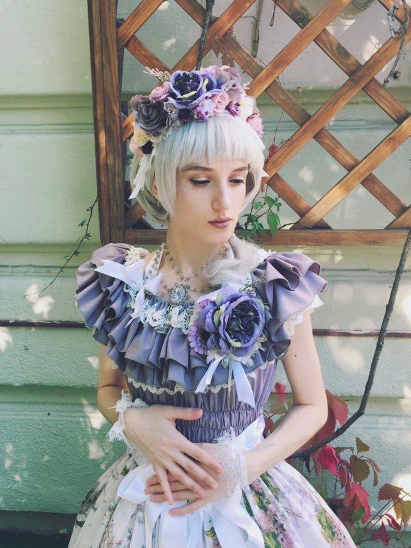 Elisabeth 's 「Lolita」themed photo (2017/11/13)