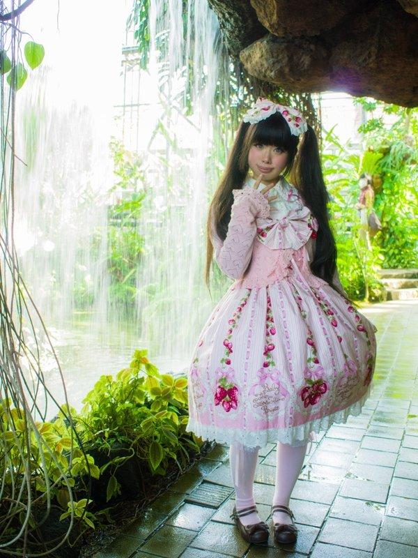 モヨコ's 「Lolita fashion」themed photo (2017/11/15)