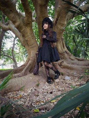 Hitomi izumi's 「Lolita」themed photo (2017/11/17)