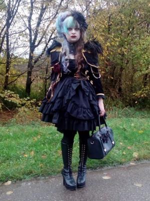 ヘレネ アラベルラ ブトの「Gothic Lolita」をテーマにしたコーディネート(2017/11/19)