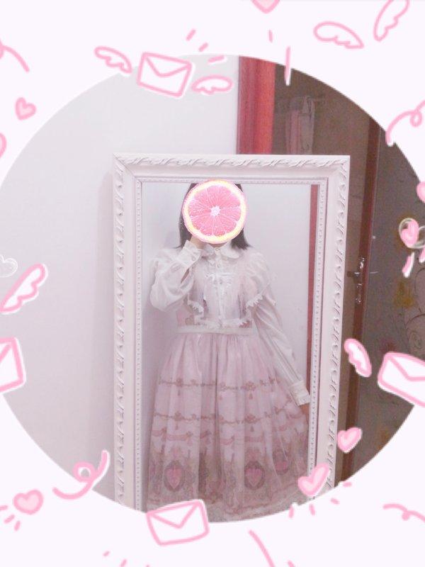 Junko's 「Lolita」themed photo (2017/11/25)