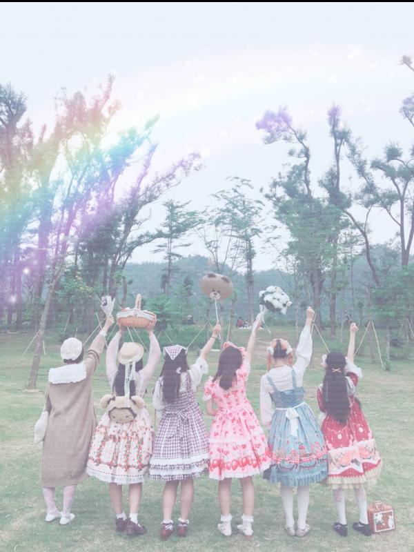 萌一脸vv's 「Lolita」themed photo (2017/11/28)