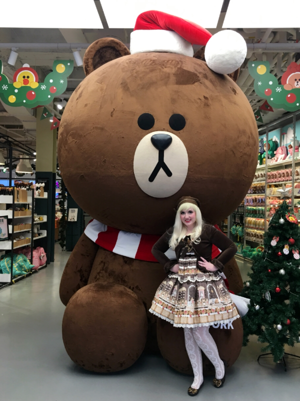 Lulu's 「Angelic pretty」themed photo (2017/12/01)