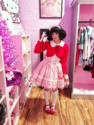 Tempest Paige's 「Angelic pretty」themed photo (2017/12/04)