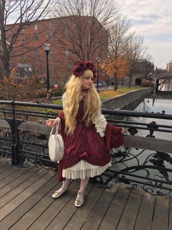是Madeline Hatter以「Lolita」为主题投稿的照片(2017/12/06)