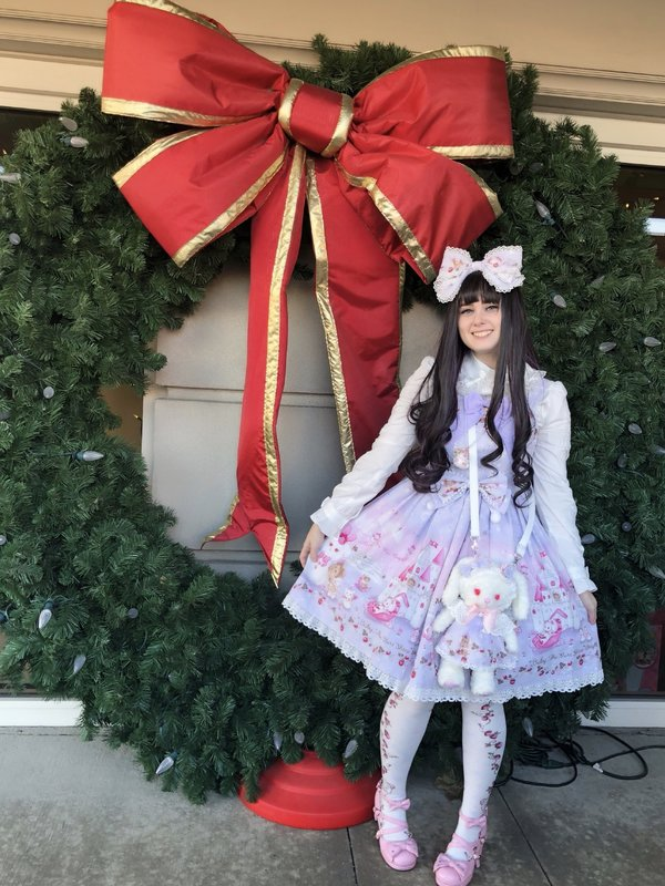 Pixy's 「Sweet lolita」themed photo (2017/12/23)