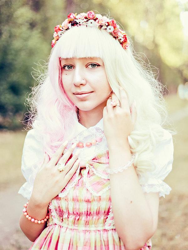 是Esma Meow以「Lolita fashion」为主题投稿的照片(2017/12/23)