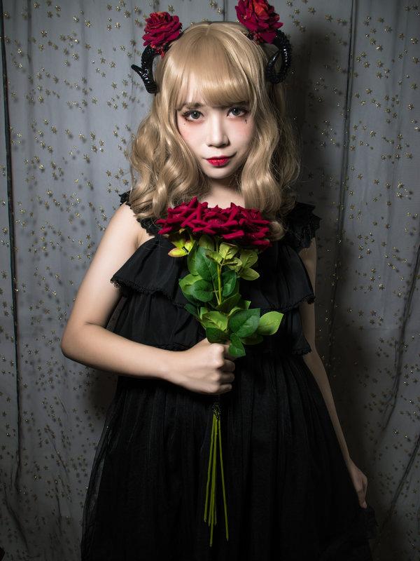 是世界第一叔叔以「Lolita」为主题投稿的照片(2017/12/24)