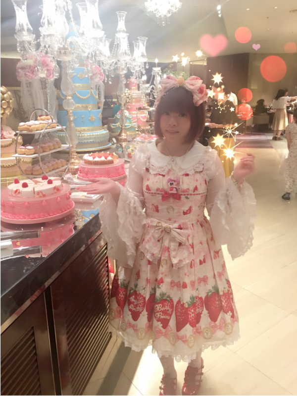 hime's 「Angelic pretty」themed photo (2017/12/26)