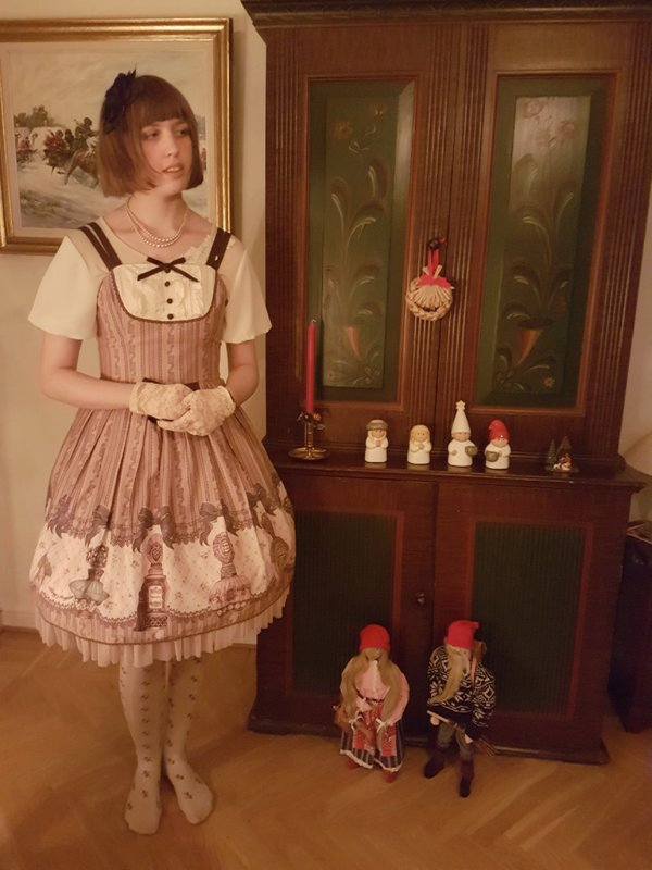 Sophia Magdalene's 「Classic Lolita」themed photo (2017/12/29)