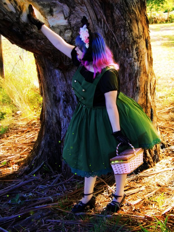 Victorie de Lioncourt's 「Lolita」themed photo (2018/01/01)