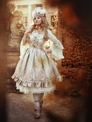 Alexandra Dorothea's 「Classic Lolita」themed photo (2018/01/03)