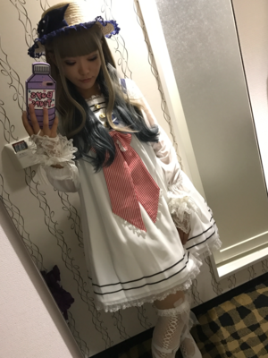 yuka's 「Angelic pretty」themed photo (2018/01/04)