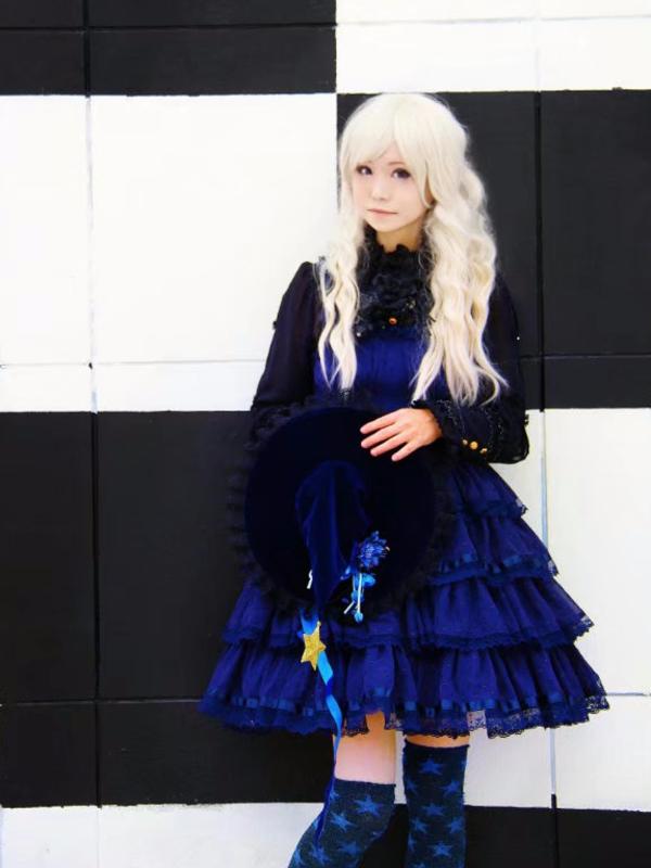 Yushiteki's 「Lolita」themed photo (2018/01/08)
