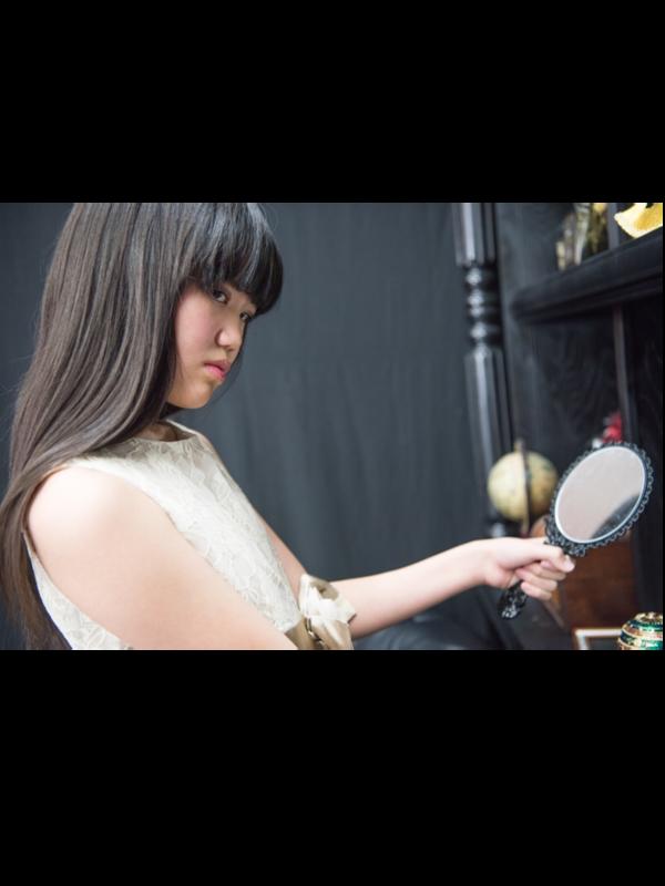 MiraiMegu's 「Lolita」themed photo (2018/01/10)