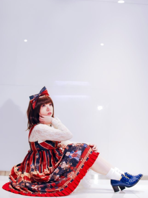 hime's 「Lolita」themed photo (2018/01/12)