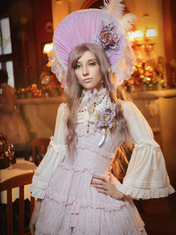 Elisabeth 's 「Lolita」themed photo (2018/01/13)