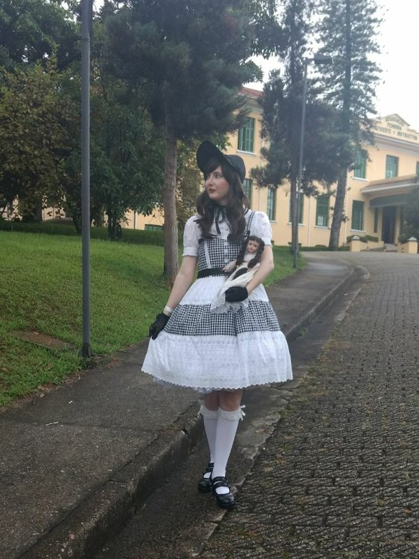 Annah Hel's 「Lolita fashion」themed photo (2018/01/25)