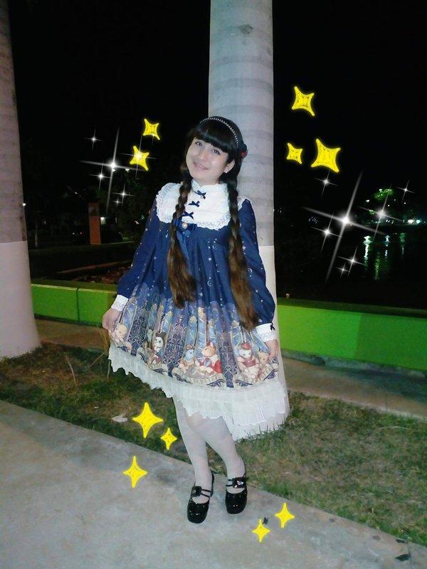 Hitomi izumi's 「Lolita」themed photo (2018/02/04)