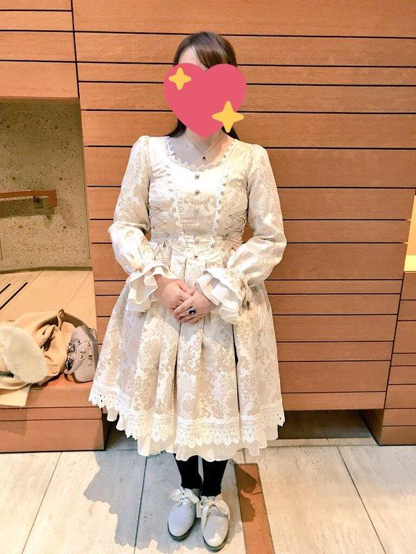 是夏妃以「Lolita fashion」为主题投稿的照片(2018/02/04)