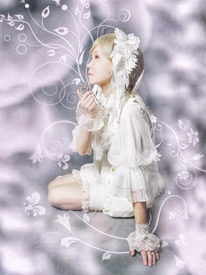 Yushiteki's 「Lolita」themed photo (2018/02/04)