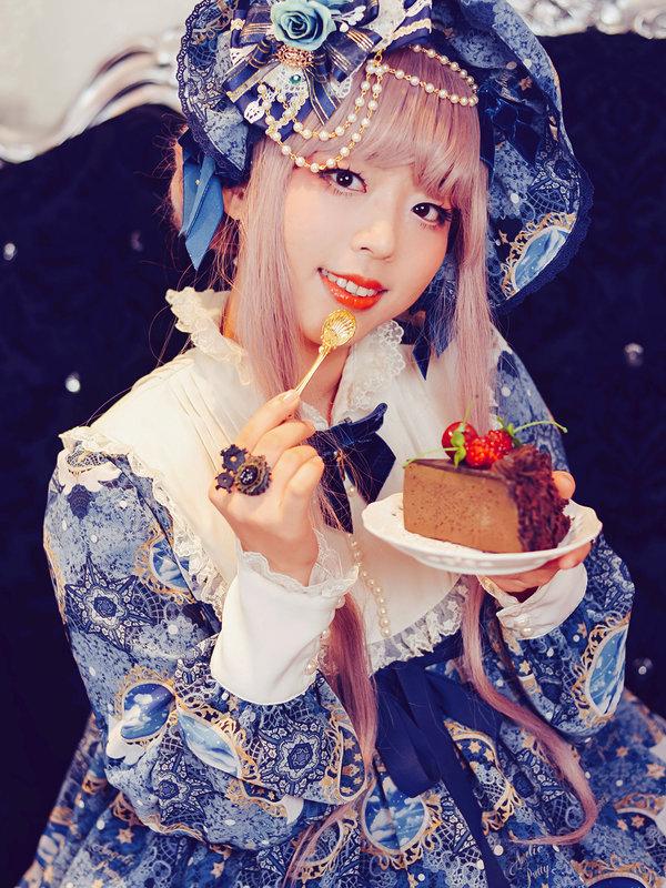 Zora's 「Lolita」themed photo (2018/02/05)