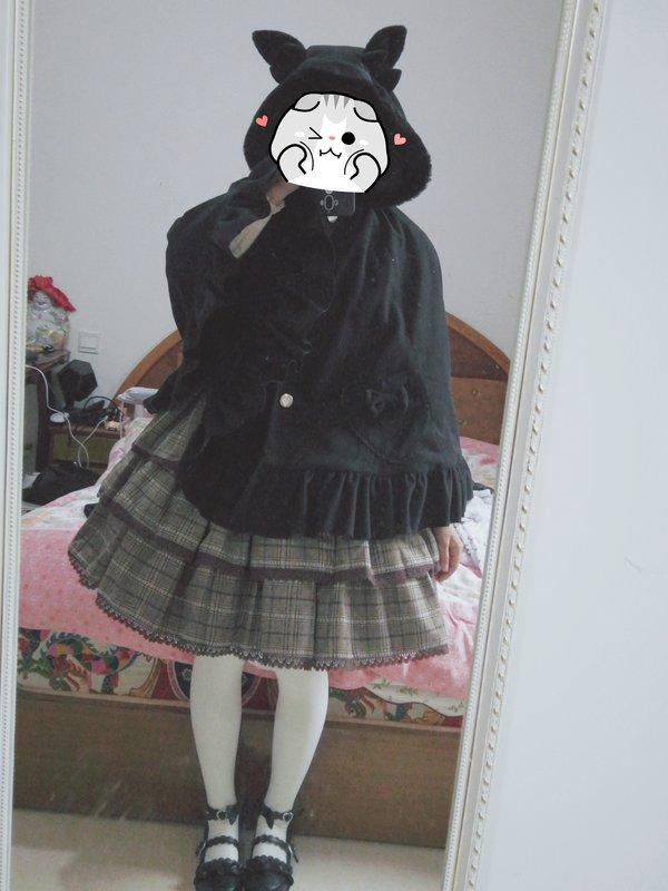 梨酱今天要努力学习's 「Lolita」themed photo (2018/02/07)