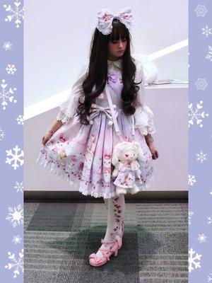 Pixy's 「Lolita」themed photo (2018/02/10)