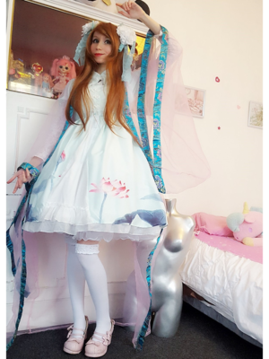 Mew Fairydollの「To Alice」をテーマにしたコーディネート(2018/02/12)