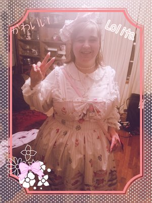 Rose's 「Lolita fashion」themed photo (2018/02/12)