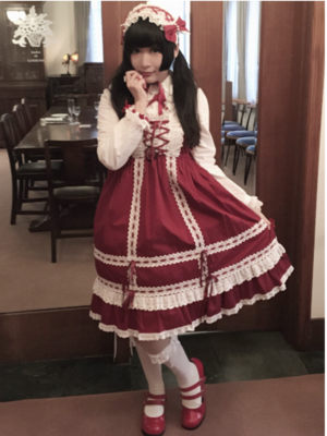 はむか's 「Lolita」themed photo (2018/02/12)
