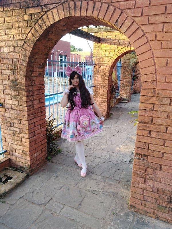 是Alely Cuba 💋以「Lolita」为主题投稿的照片(2018/02/14)