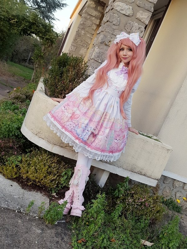 是Mew Fairydoll以「Sweet lolita」为主题投稿的照片(2018/02/19)