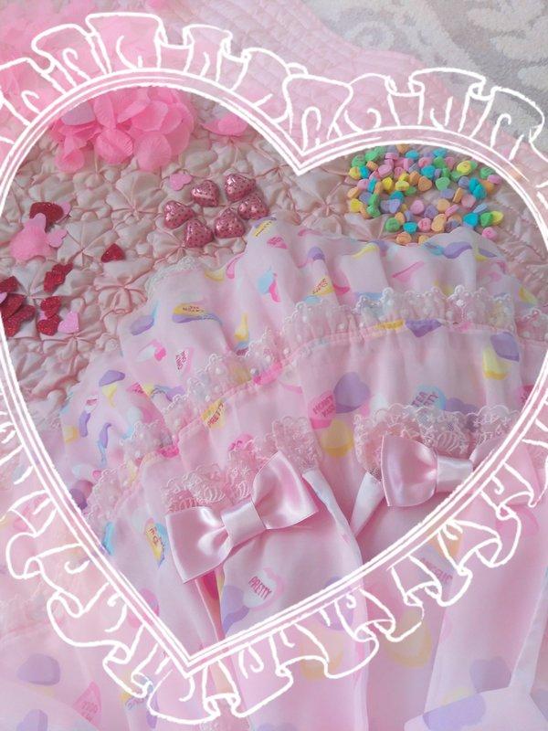 The Kawaii Nurse's 「Lolita」themed photo (2018/03/08)