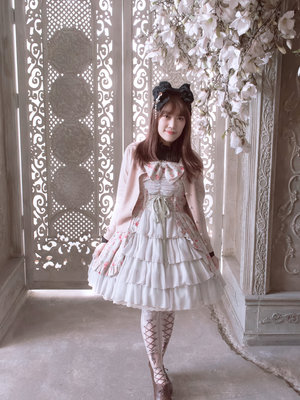 Aricy Mist 艾莉鵝's 「Lolita」themed photo (2018/03/13)