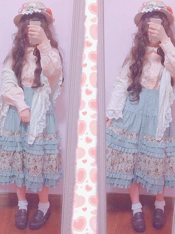 平行福音's 「Lolita」themed photo (2018/03/18)