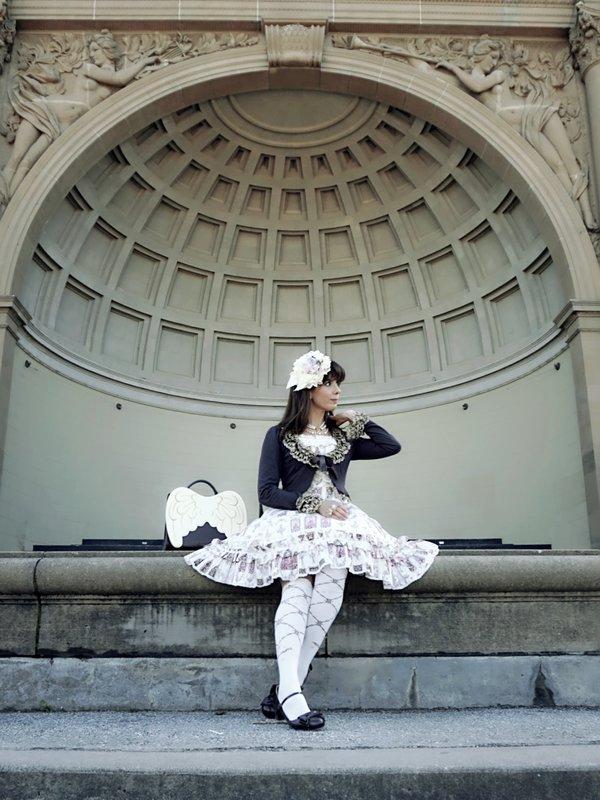 Eugenia Salinas's 「Lolita fashion」themed photo (2018/03/18)