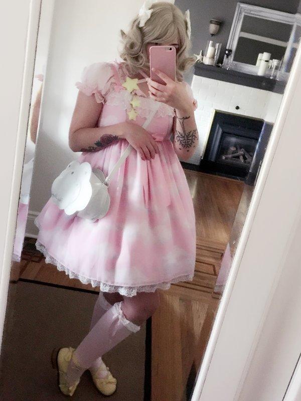 bunny's 「Angelic pretty」themed photo (2016/11/21)