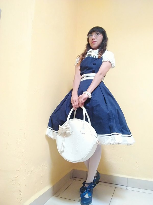 是Lizbeth ushineki以「Lolita fashion」为主题投稿的照片(2018/03/29)