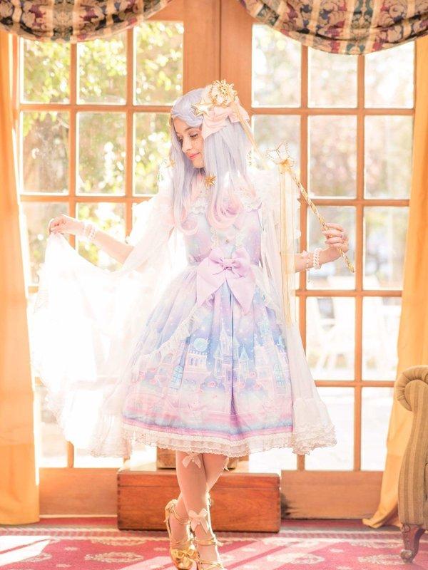 是Lula以「Lolita fashion」为主题投稿的照片(2018/03/30)
