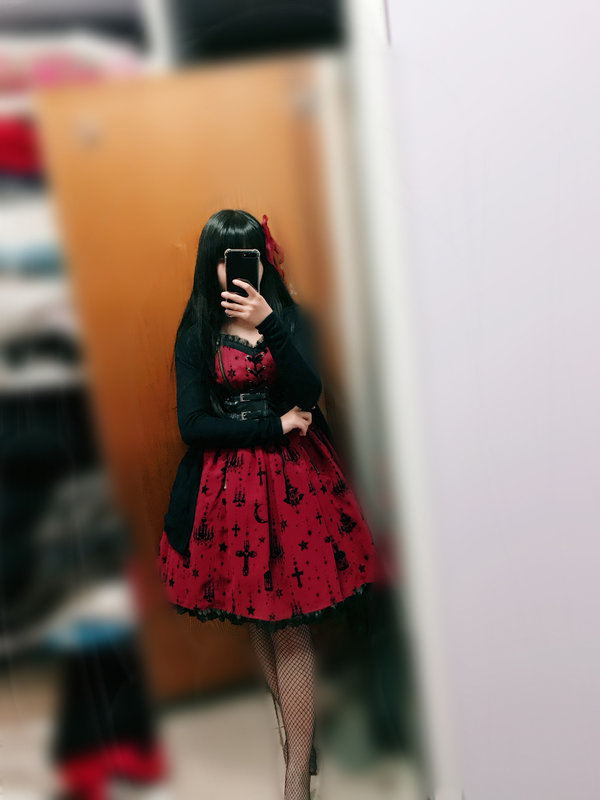海海°'s 「Lolita」themed photo (2018/03/30)