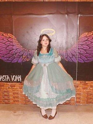 Nanna Azevedoの「Lolita」をテーマにしたコーディネート(2018/04/01)