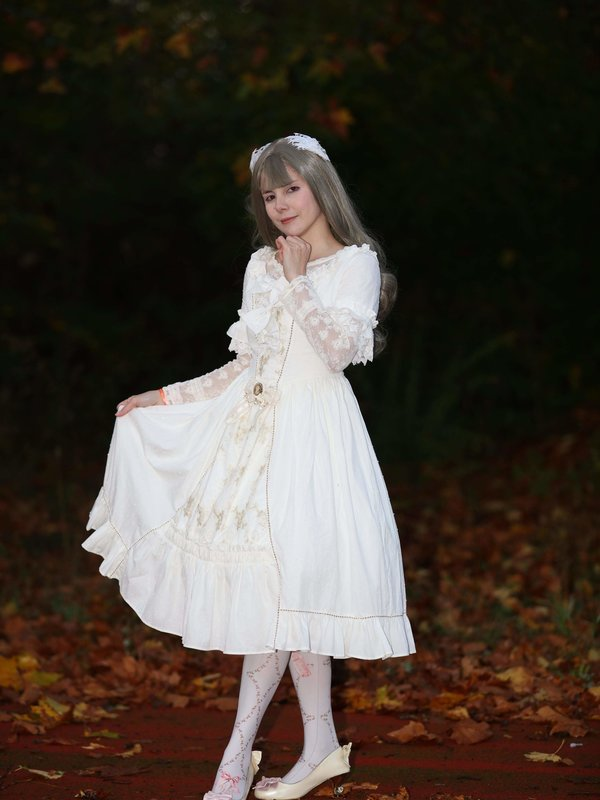 Denise Piton-Ji's 「Lolita」themed photo (2018/04/02)