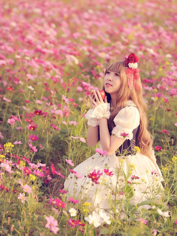 石絮絮の「Cherry Blossoms」をテーマにしたコーディネート(2018/04/04)